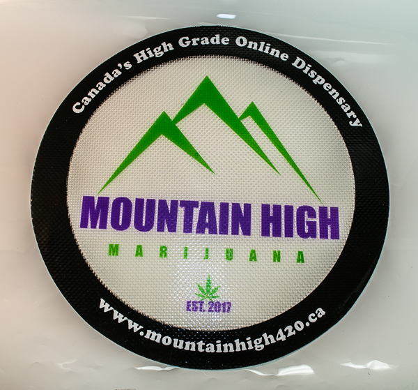Mountain High Dab Mat